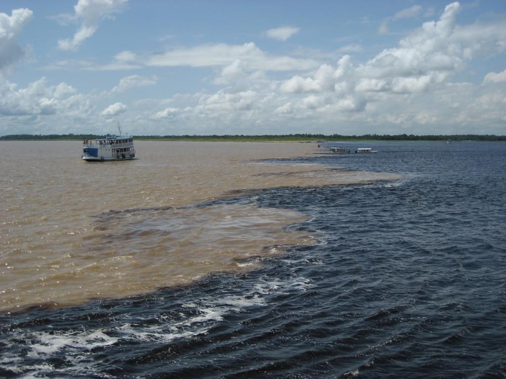 Amazonie rencontre des eaux