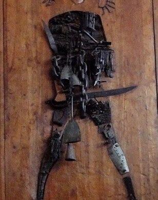 Carybe sculture avec sabre