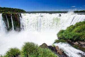 iguaçu débit chutes bresiliennes