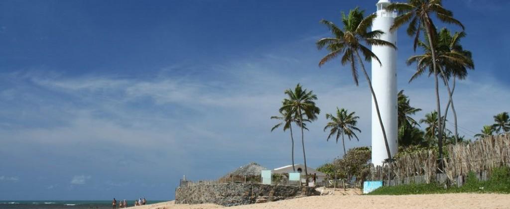 le phare de praia do Forte