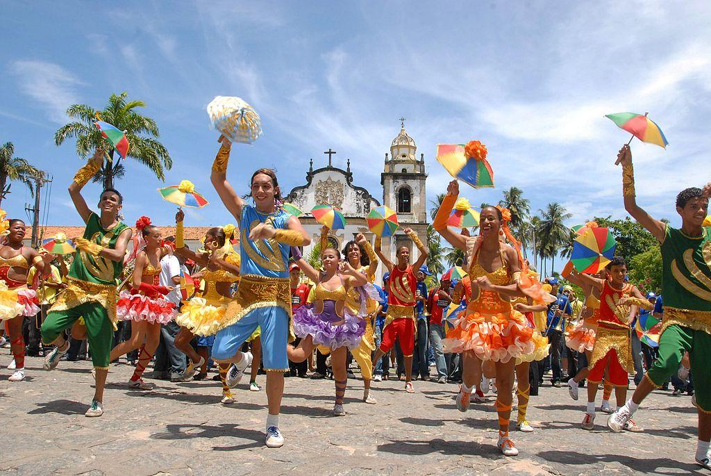 danseurs de frevo  Olinda Pernambuco Bresil