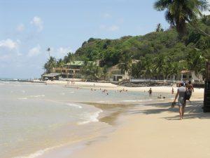 baignade sur la plage de Pipa