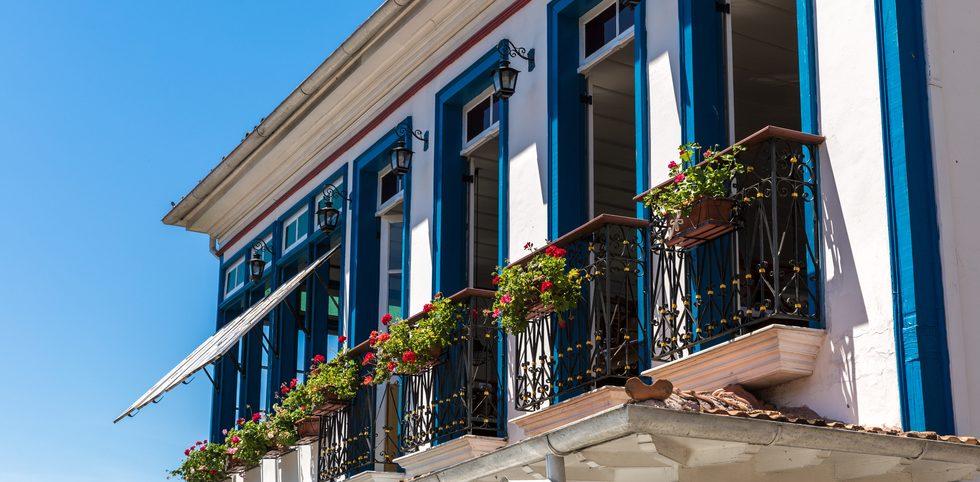 Minas balcon fleuri Ouro preto