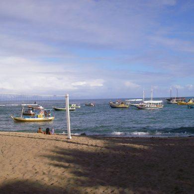 plage paisible de Praia do Forte