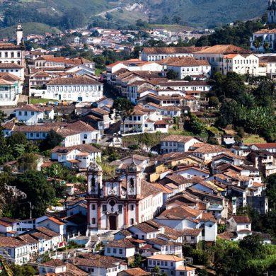 vue panoramique d'en haut de Ouro preto_Minas Gerais