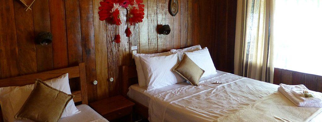 Bungalow lits doubles Juma lodge Amazonie