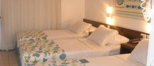 chambre triple bleue verte hotel Sonata Fortaleza
