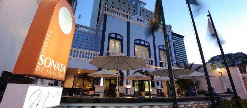 terrasse entrée hotel Sonata de Iracema