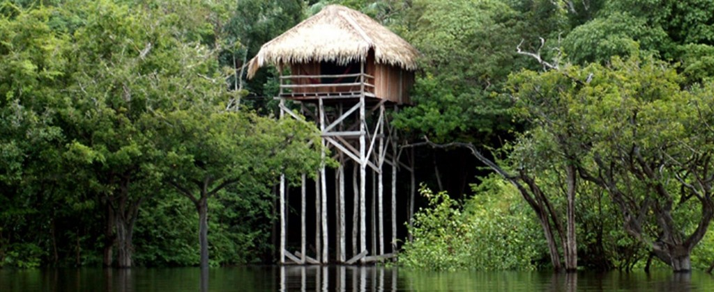 6a- Bangalô com vista para o Rio Juma (época da seca dos rios)