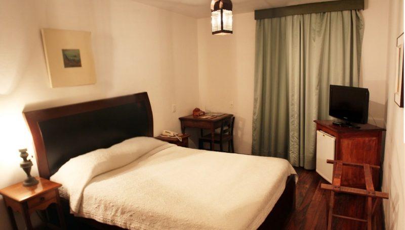 Chambre-standard-charme-hotel-luxor-Ouro-Preto
