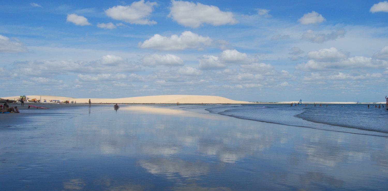 les nuages sur la plage de Jericoacoara