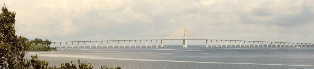 Manaus-pont-sur-Amazone