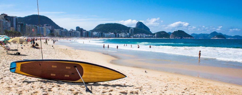 surd sur la plage de copacabana Rio de Janeiro