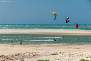course de kitesurf sur la lagune de Guriu