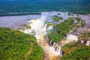 les chutes d'Iguaçu vue d'hélicoptère