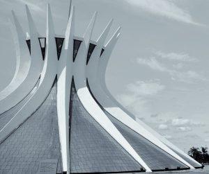 cathédrale de Niemeyer à Brasila