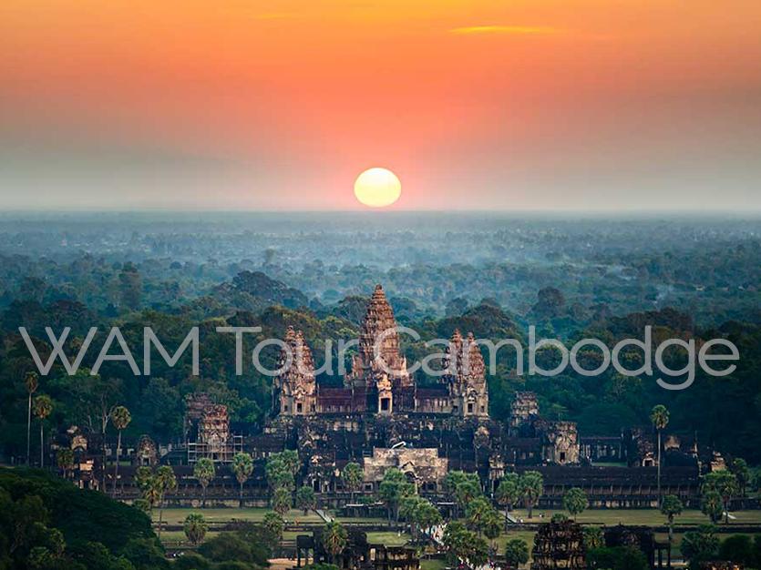 coucher de soleil sur Angkor Vat