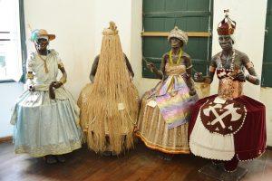 4 orixas au musée de Salvador
