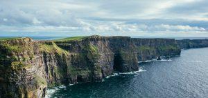 falaise en Irlande